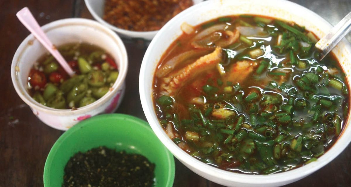 banh-canh-me-ruoi-02